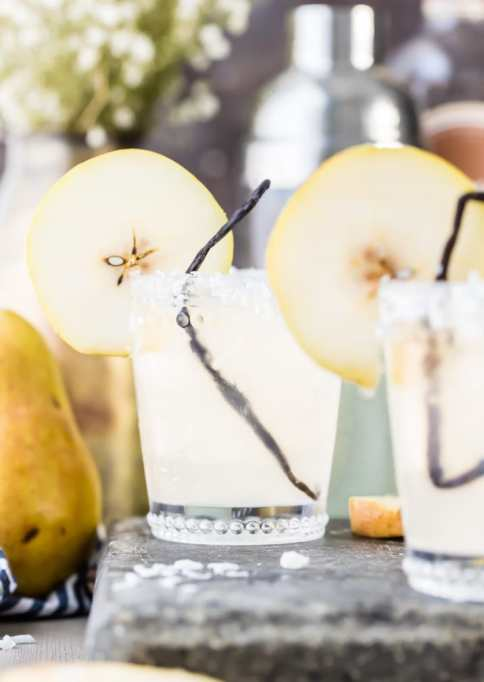 Coconut pear cocktails