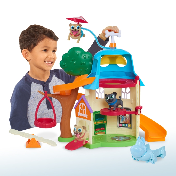 Holiday Gifts for Every Age: Puppy Dog Pals Doghouse | 2017 Holiday Gift Guide