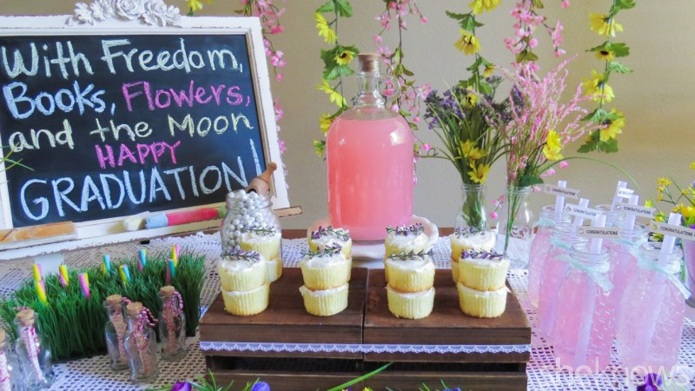 Celebrate a spring graduation with a