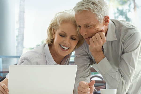Grandparents on Computer