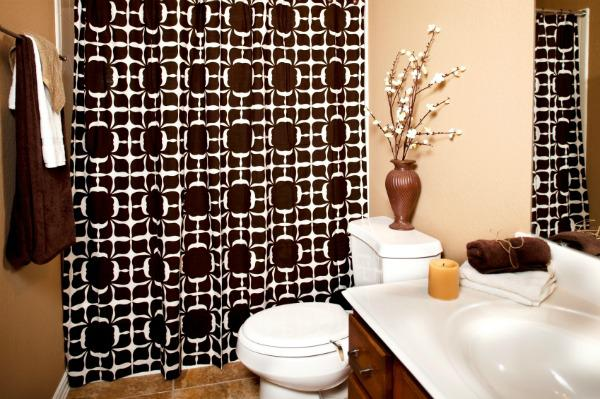 Budget-friendly ways to update your bathroom