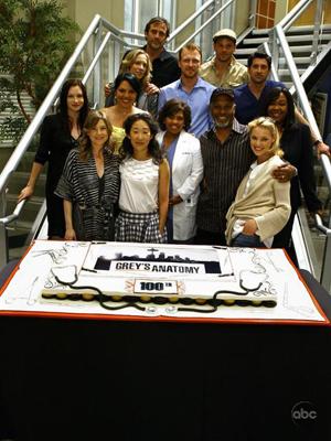 The cast of Grey's Anatomy mark a milestone