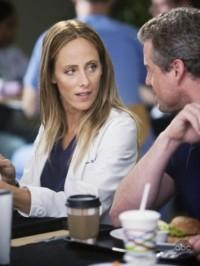 Grey's Anatomy welcomes Kim Raver