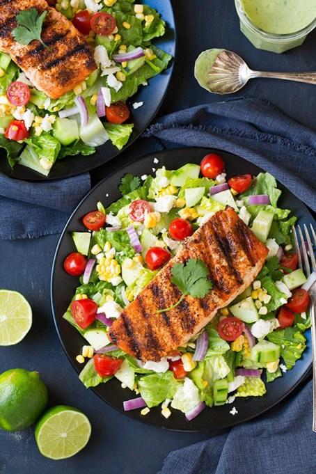 50 Easy Summer Salads: Mexican Grilled Salmon Salad With Avocado Greek Yogurt Ranch | Summer Eats