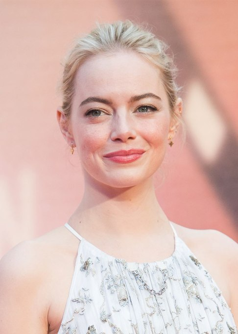 Best Celebrity Hair Transformations of 2017: Emma Stone's in a pale blonde hue