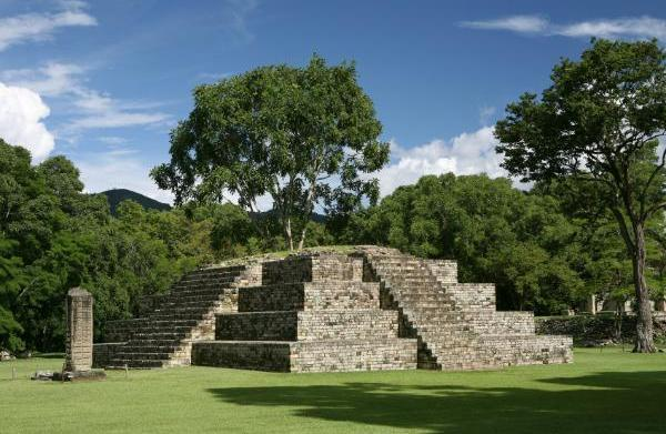 Frequent Flier: Visiting Copán Ruinas in