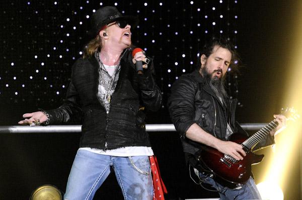 Guns N' Roses in Las Vegas in NYE