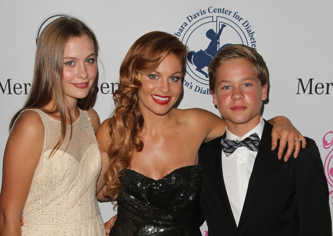 Candace Cameron and her kids