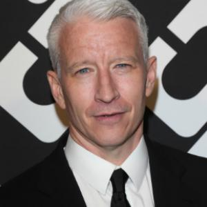 Anderson Cooper doesn't want his mom's