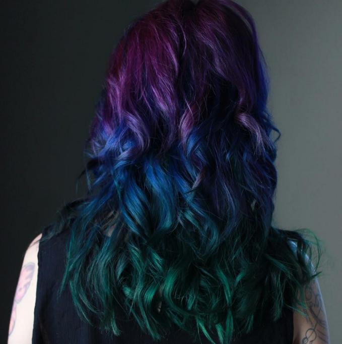 Peacock hair color on dark hair color