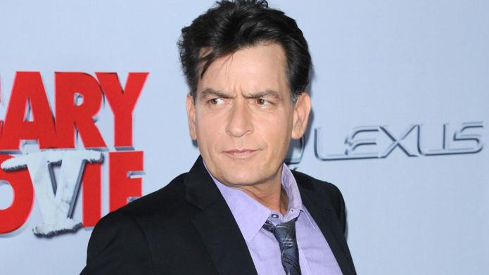 Charlie Sheen tweets strange poem supporting