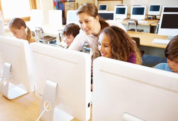 Teachers going high-tech: Classroom websites