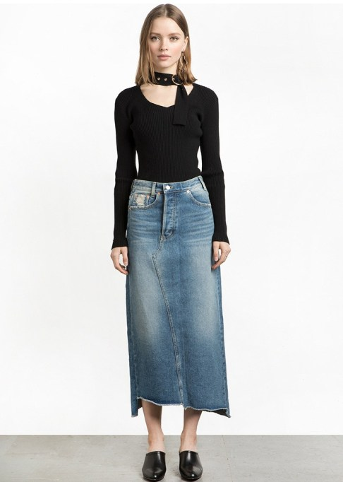 The Most-Pinned Summer Fashion Trends of 2017: Pixie Market Denim Skirt | Summer Fashion Trends
