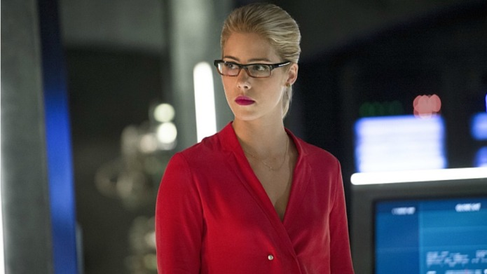 10 Reasons Arrow's Goth Felicity is