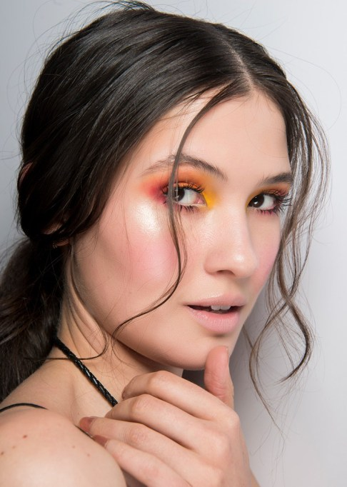 Summer Beauty Ideas For When It's Crazy-Hot | Soft tendrils