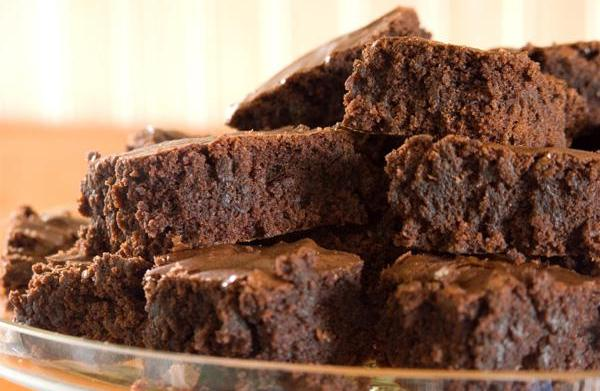 How to make vegan holiday brownies