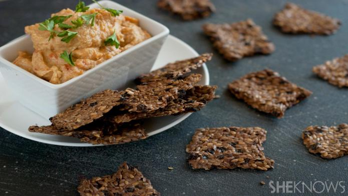 Make these easy homemade flaxseed crackers