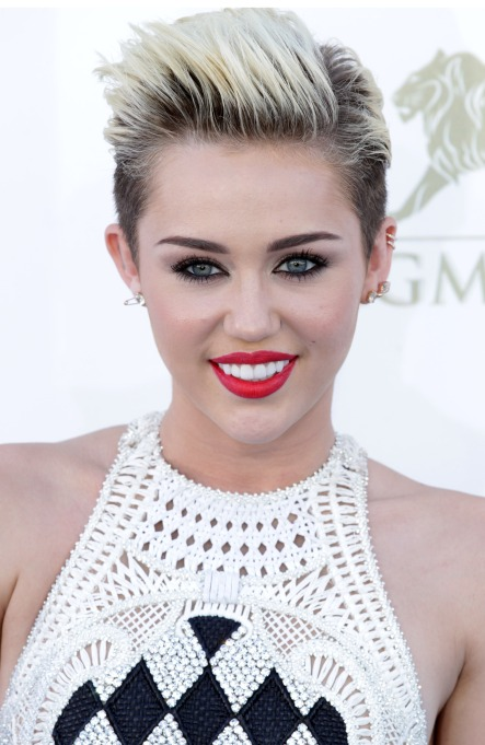 Miley Cyrus short hairstyle