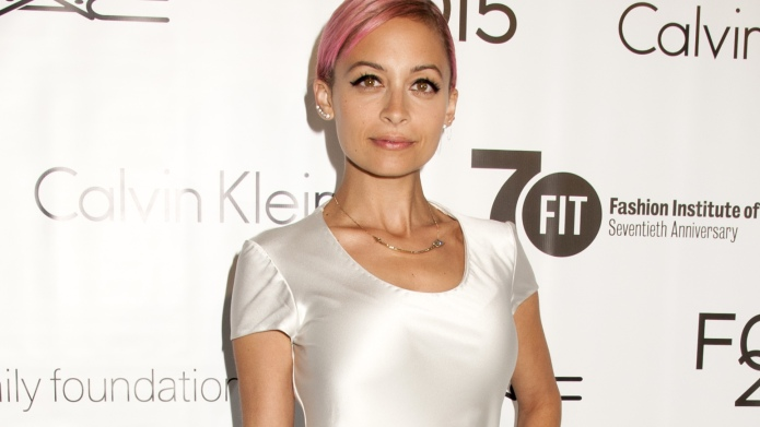 Nicole Richie's dad reveals details about