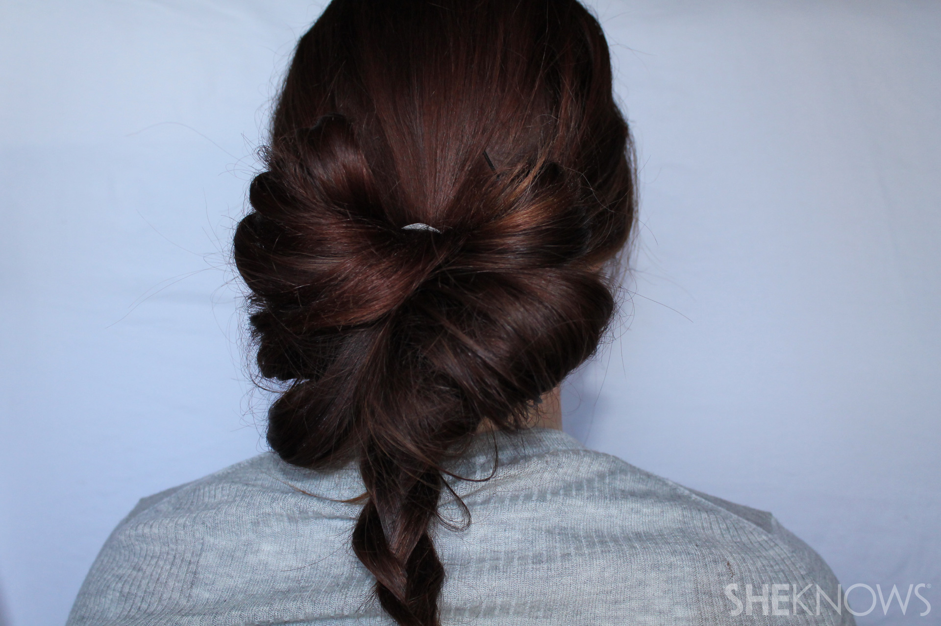 Hair bow | Sheknows.com - step 05