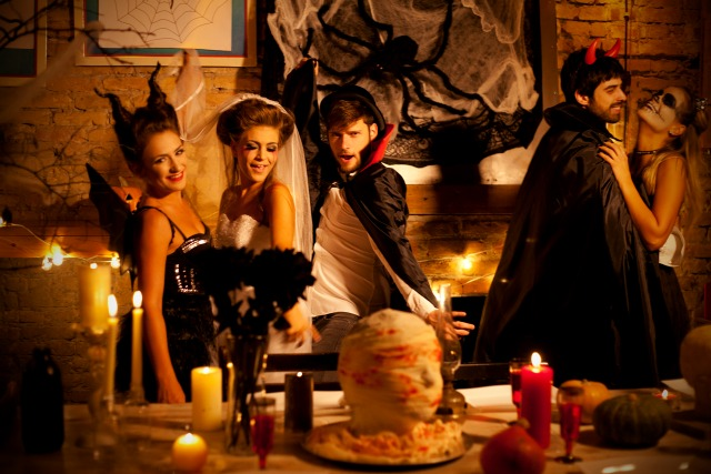 How to throw a sophisticated Halloween party