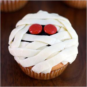 Mummy cupcakes | Sheknows.ca