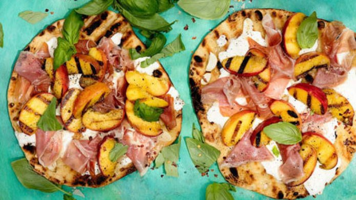10 Summery Grilled Pizzas to Make