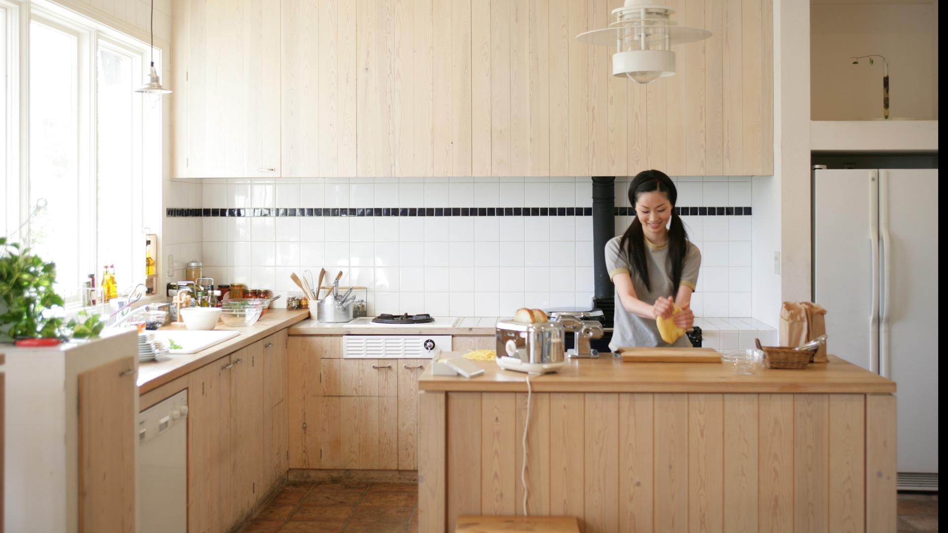 Creative Ways To Hide Your Small Kitchen Liances