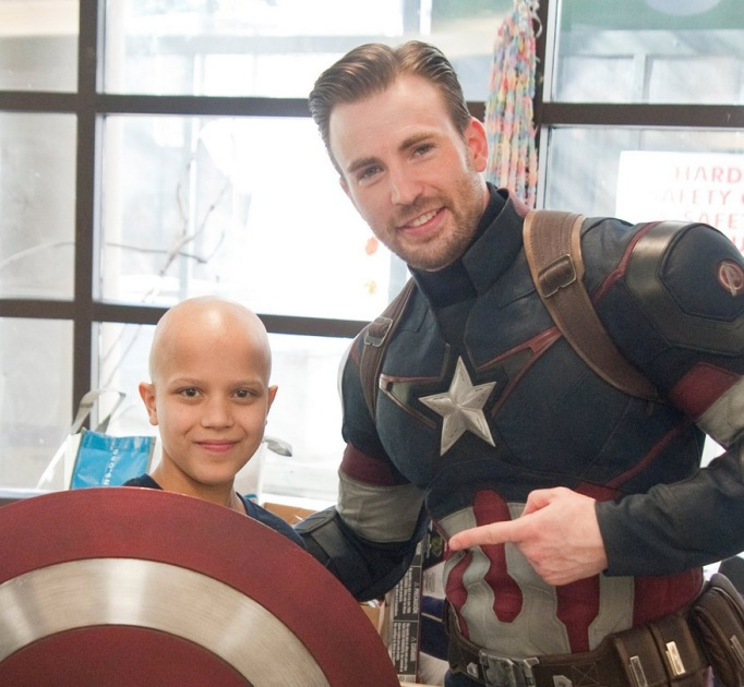 Chris Evans with a fan