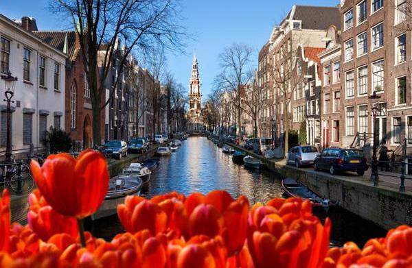 Honeymoon travel guide to Amsterdam, The