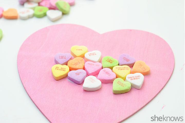 Candy heart wreath step 3