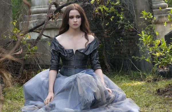 Beautiful Creatures movie review: An emo