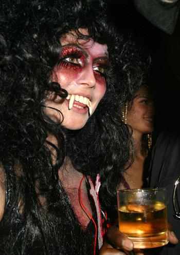 Heidi Klum -- 2005 Halloweeen