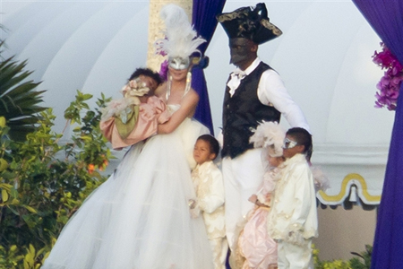 Heidi Klum and Seal renew wedding vows
