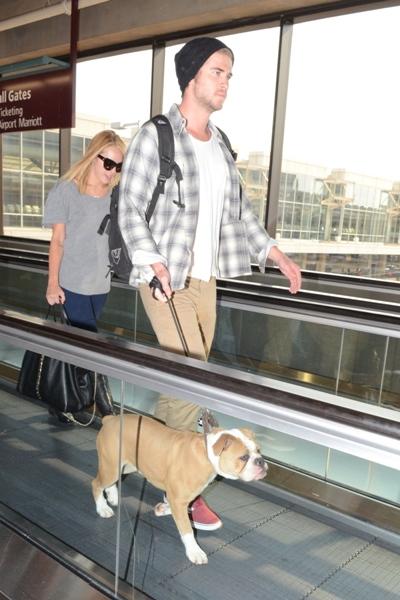 Liam Hemsworth with dog