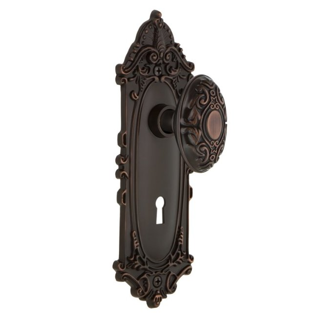 Modern Victorian Decor: An ornate doorknob instantly sets the tone for your home