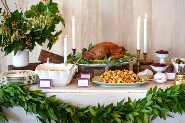 Thanksgiving buffet and tablescape