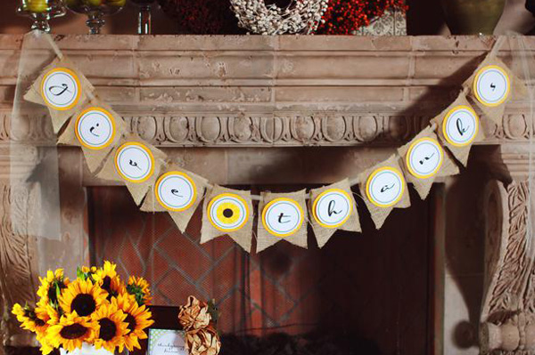 "Thanksgiving ""give thanks"" banner, and mantel"