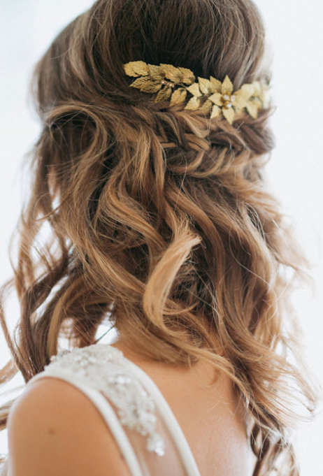Ethereal Bridal Hair Accessories | Gold Leaf Bridal Hair Comb