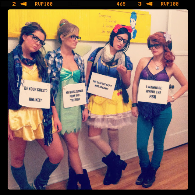 Trio Halloween Costume Ideas 2019.21 Hilarious Group Trio Halloween Costume Ideas Sheknows