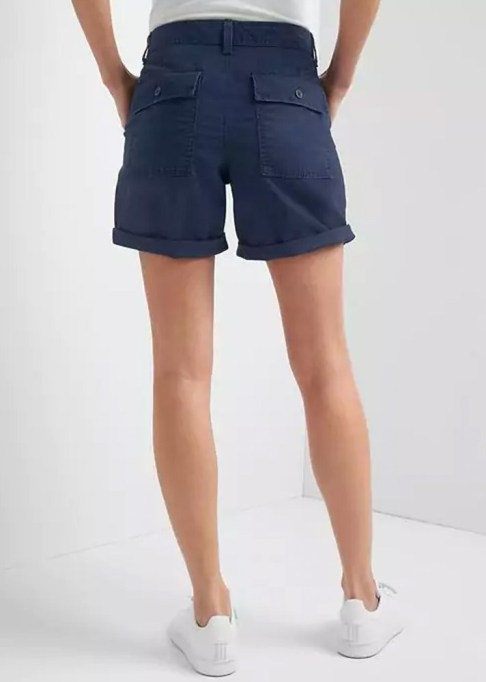 The Best Stores to Shop for Fashion Basics: Gao Girlfriend Rolled Utility Shorts | Summer style 2017