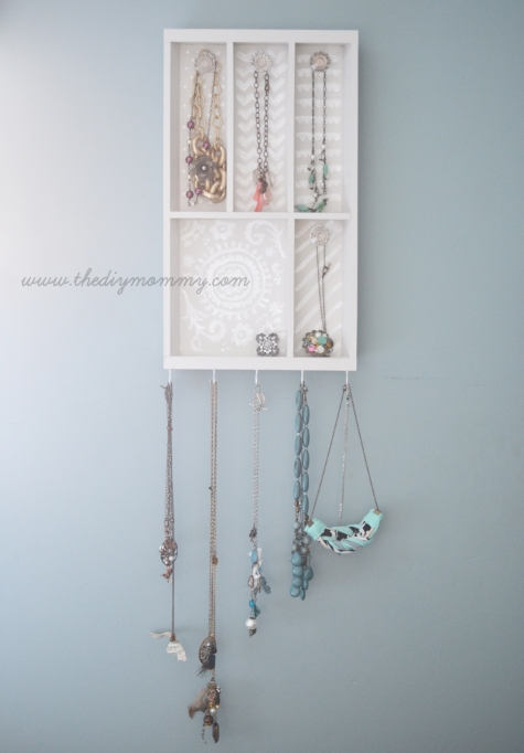 dorm-upgrade-jewelry-holder