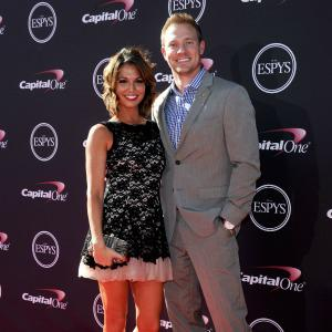 Melissa Rycroft is thinking blue for
