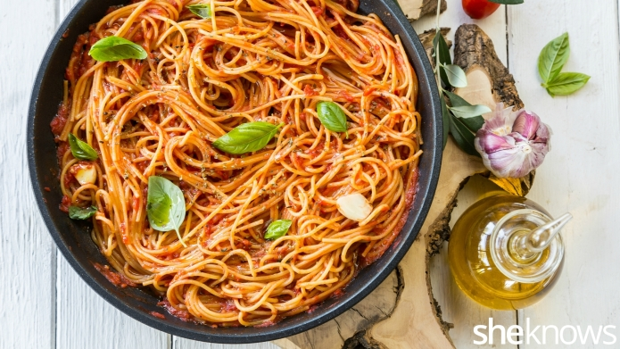 One-Pot Wonder: Spaghetti al pomodoro —