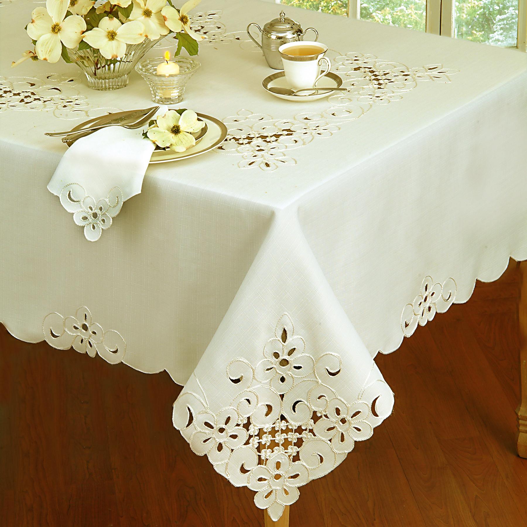 wayfair-home-decor-tablecloth