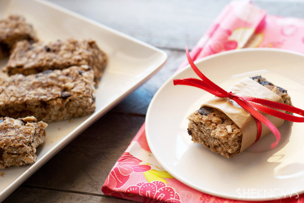 Homemade healthy granola bars