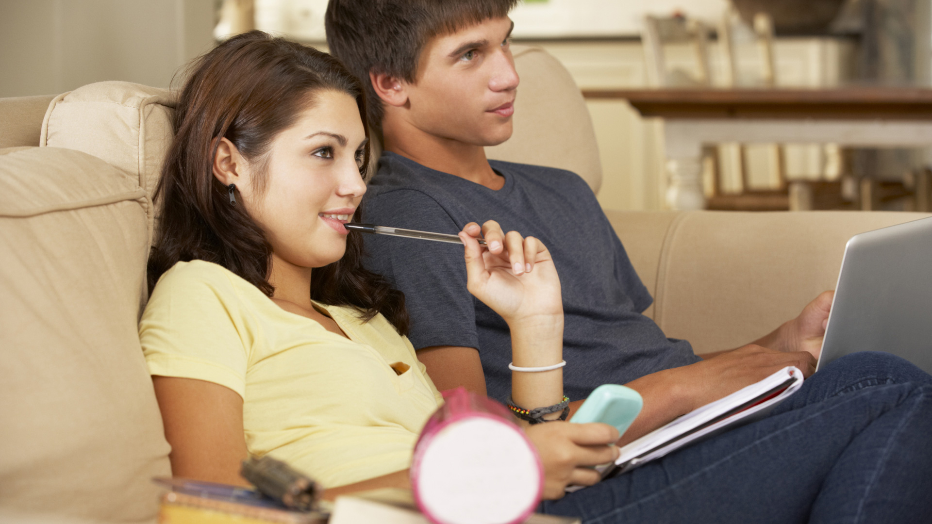 Does Watching TV Before Homework Affect Studying?