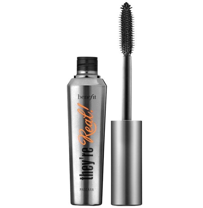 Fall Makeup Trends: Benefit Cosmetics They're Real! Lengthening & Volumizing Mascara | Fall Makeup Trends 2017
