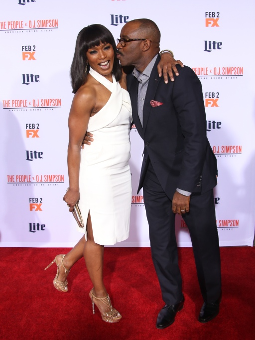 Celeb Couples Who Pack on the PDA: Angela Bassett & Courtney B. Vance