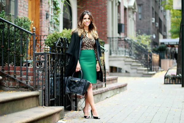 How to style a pencil skirt
